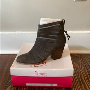 NWT Chinese Laundry z-Katie Booties